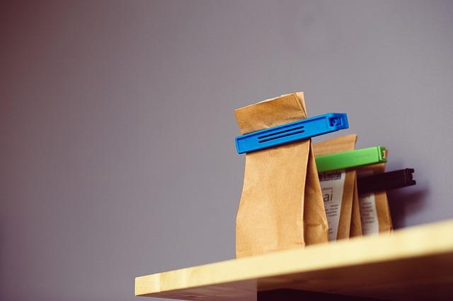 papírové sáčky s klipy.jpg