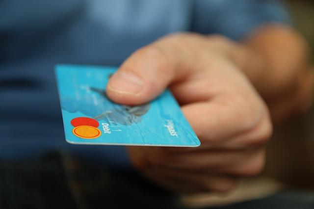 Karta, nákupy, online nákupy.